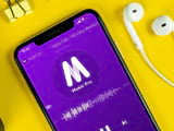 How to set YouTube to play music when the phone screen is off