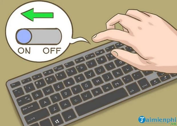 how to connect the movie to a laptop 3