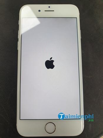 how to restart iphone 5