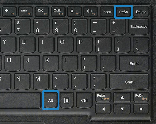 how to take a picture of a pc laptop computer