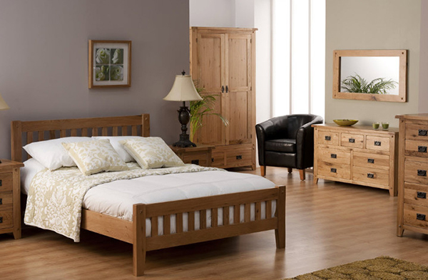 The design of the bedroom is beautiful
