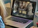 How to watch movies Living with mother-in-law on the computer
